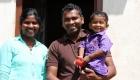 sri-lanka-family-1-1400x600